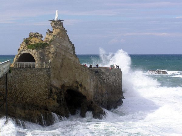 Photo du rocher de la vierge de biarritz - Peinture bayonne ...