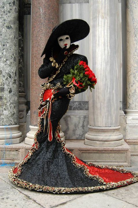 photo carnaval de venise masques costumes. Black Bedroom Furniture Sets. Home Design Ideas