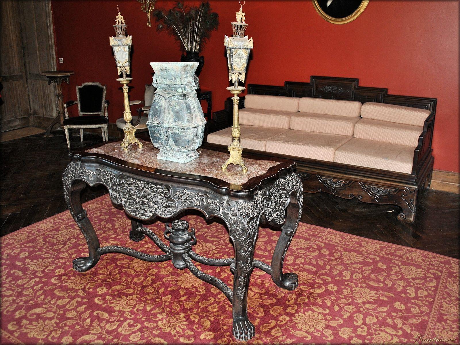 Photo de mobilier de la salle manger du ch teau for Salle a manger mobilier de france